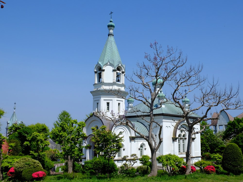 http://www.hakobura.jp/images/Hakodate_Orthodox_Church-1.jpg
